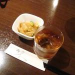 13970354 - 紹興酒、お通し