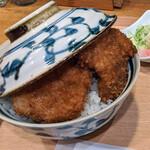 139708404 - 『二段もりヒレかつ丼』 1500円(税込)