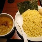東京とんこつ 萬燈行 - 【New!】特製濃厚つけ麺\980