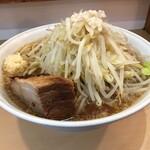 らーめん影武者 - らーめん 大盛(野菜+ニンニク+脂)