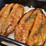 岩田家 - 山椒掛けると味が鰻???