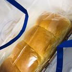 139732964 - 天然酵母熟香食パン