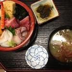 天城 - 海鮮丼