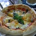 13974300 - パンピザ バジル&オレガノ