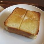 上島珈琲 - 厚切りバタートースト