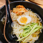 きた松 - 冷麺 800円