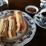 伯爵 - クロックムッシュサンド&コーヒー
