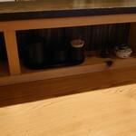 Sugiya - カウンターの卓上