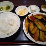 中国家庭料理 一品菜 - 料理写真:Aランチ①マーボーナス