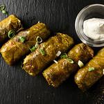 風の蔵 - 「ドルマディス」米と挽肉のぶどうの葉包み煮