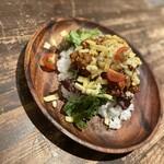 もぐら酒場 アジイチバ - こちらも自家製タコライスです‼︎美味い‼︎普通に美味い‼︎