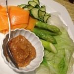 13981185 - 夏野菜のサラダ秋田辛子味噌