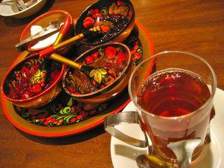 スンガリー 新宿三丁目店 - ロシアンティー 食器も可愛ゆす