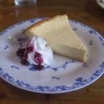 ドッグカフェ 陽だまり - 料理写真:チーズケーキ