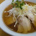 喜来福 - 料理写真:チャーシュー麺!トロっとしたスープ表面ですが!