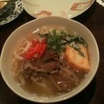 みたんちゅ - 沖縄そばはコーレーグスをいれてもおいしいです。