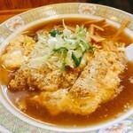 奈良岡屋 - 料理写真:カツラーメン