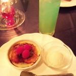 ヤムヤム - デザートとカクテル