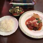 味楽亭 - Bランチ 鶏肉のトマト煮チーズソース 1,070円(税込)