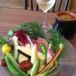 ワイン食堂 ツルカメ - 料理写真:横浜の契約農家さんのバーニャカウダ