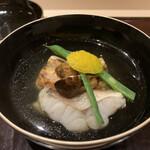 139881174 - お椀                       日本料理の華ですね