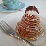 カフェ チューン - 料理写真:モンブラン550円