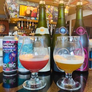 クラフトビール専門店◆約100種類のビールがお持ち帰りOK