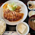 グリル小竹 - 料理写真:ポークガーリック定食