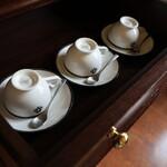 函館大沼 鶴雅リゾート エプイ - お部屋のカップ
