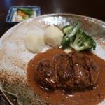 花瑠音 - 料理写真:ハンバーグブラウンソース