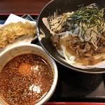 139904355 - 黒毛和牛冷しつけ麺(大盛)桜島鶏ささみ天セット