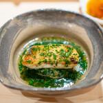 鮨 崚 - 赤むつご飯 シャリ、 百合根、 赤むつ、 春菊の餡