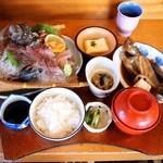 お食事処 慶 - 親父のつってきた魚定食 \1,980