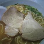13992541 - 敦賀ラーメン・しっとりしたモモ肉チャーシュー(20120722)