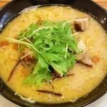 イタ麺 - ペペロンチーノ900円