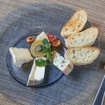 ワイン&フードショップ ラパン - チーズプレート