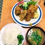139936689 - キムラヤ 「ミックスフライ定食」820円(税込)
