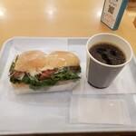 カフェデンマルク - エビカツサンドセット(イートインは509円)