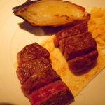 アトリエ森本ゼックス - エイジングビーフと もとぶ牛の食べ比べ