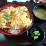 とんかつ ひろ喜 - かつ丼 味噌汁、漬物付