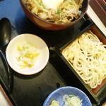 夢庵 - 料理写真:夢庵流スタミナ丼と小せいろうどんセット・985円
