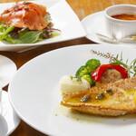 Est.Est - カサゴの香草焼(魚はかわります)本日の鮮魚の香草焼