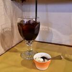 レッドペッパー - 【平日ランチセット@1,500円】アイスコーヒー&チーズのムース