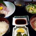 活魚・すし・和食処 やま文 - 料理写真:刺身定食