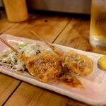 居酒屋 葉牡丹 - 鯨の串カツ
