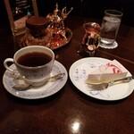 140010864 - エメラルドマウンテンとあまおうのレアチーズケーキ