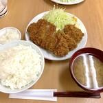 140019459 - ロースかつ定食(770円)+カキフライ2個(各160円)