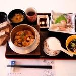 鮮魚 網代 - 海鮮釜飯定食 \1,880