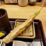 新宿 立吉 - アスパラガスの肉巻き