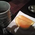 14003618 - サービスオレンジとほうじ茶